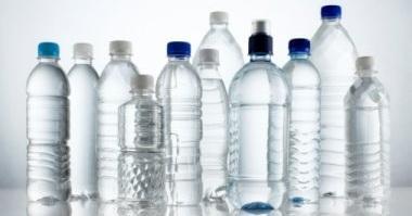 El consumo de bebidas en envases reutilizables podría comportar un ahorro de más de 30.000 toneladas anuales de residuos