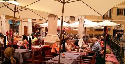 Restauración Mallorca: El Ayuntamiento de Palma abandona al sector de la restauración