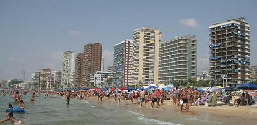 Propietarios de apartamentos tur�sticos creen que la industria hotelera pretende frenar su competencia