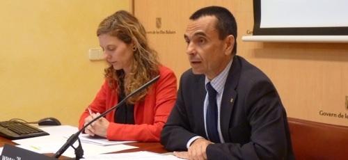 Garc�a: 'El Govern se ha endeudado en cuatro a�os lo que el Pacto en uno solo'