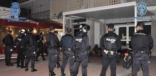La Polic�a Nacional desmantela una organizaci�n de origen nigeriano que asaltaba a turistas en S'Arenal