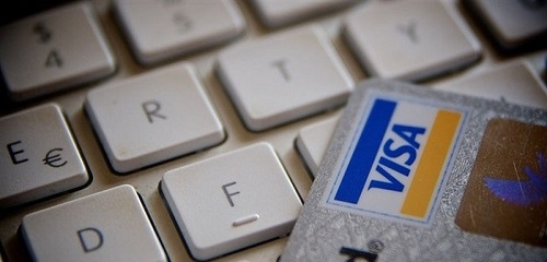 Las reservas de hotel y billetes de avi�n, lo m�s demandado en Espa�a en compras 'online'
