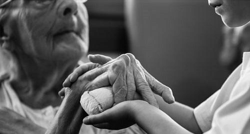 La exposici�n de mayores con Alzheimer de la residencia Oms de Palma se exhibir� en Madrid