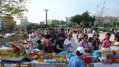 Cientos de libros, ropa y antig�edades, a la venta este s�bado en el XXI Rastrillo Solidario de Son Dameto