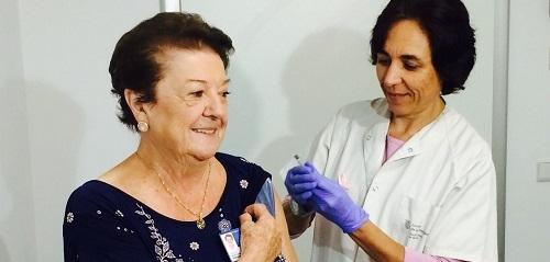 El Govern distribuirá este año 144.100 dosis de vacunas contra la gripe entre los colectivos de riesgo