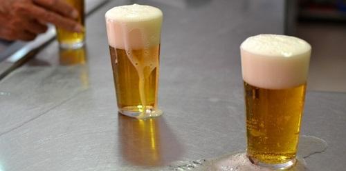 Algarroba de Ibiza y otros sabores típicos de la gastronomía española convertidos en cerveza
