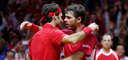 Suiza, a un paso de la Ensaladera tras imponerse a Francia en el dobles