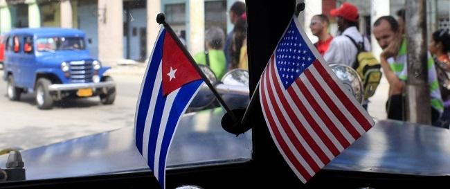 Obama y Castro anuncian el 'restablecimiento' de relaciones entre EEUU y Cuba