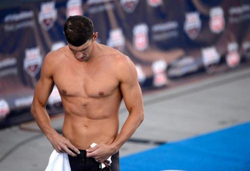 Phelps, condenado a un a�o de prisi�n por conducir ebrio