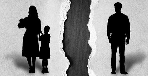 El Govern tutel� 5.702 intercambios de hijos entre padres separados en 2014