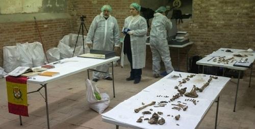 Comienza la extracci�n de los restos �seos de la cripta donde se busca a Cervantes