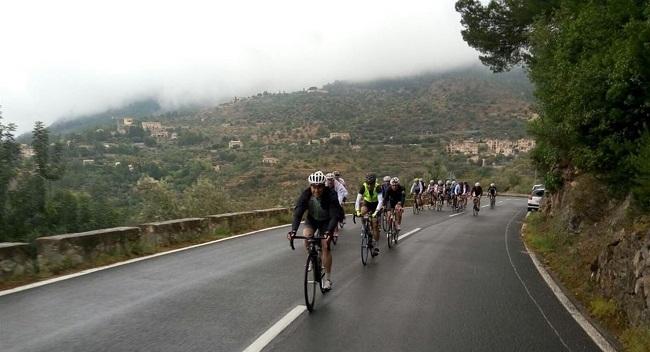 El corte de carreteras por la Mallorca 312 provoca importantes retenciones