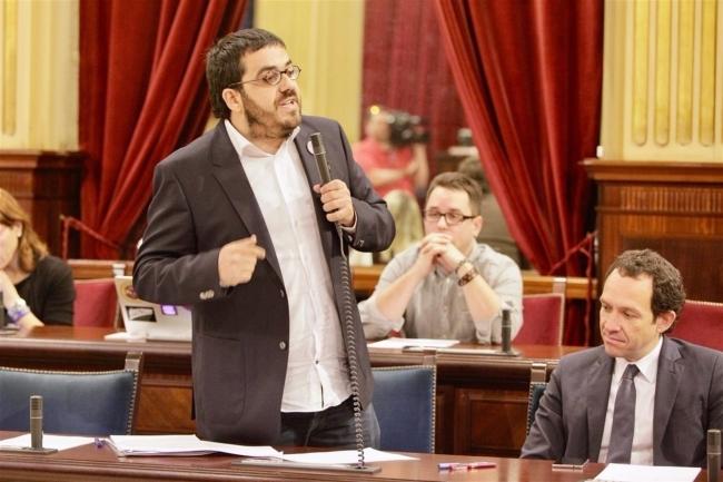 Vidal pide que se dejen de 'demonizar' los contratos menores y pide al PP que 'no dé lecciones'