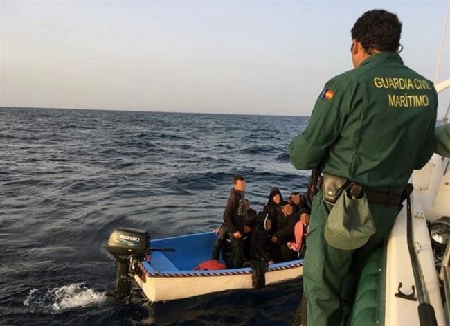 Llega al sur de Mallorca una patera con 13 migrantes