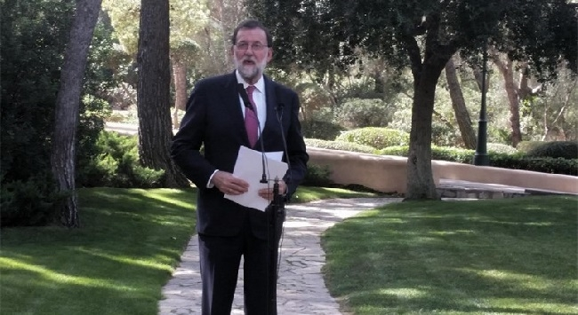 Rajoy considera 'un disparate' tratar 'a patadas' al turista que viene a España