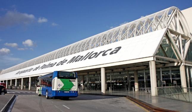 USO critica el 'insuficiente' aire acondicionado en el Aeropuerto de Palma
