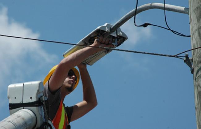 El Govern quiere que todo el alumbrado público utilice bombillas led en cinco años