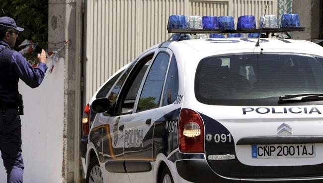 La Policía Nacional detiene a dos hombres por un delito contra el patrimonio