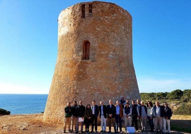 Finaliza el proceso de restauración de la Torre de Cala Pi