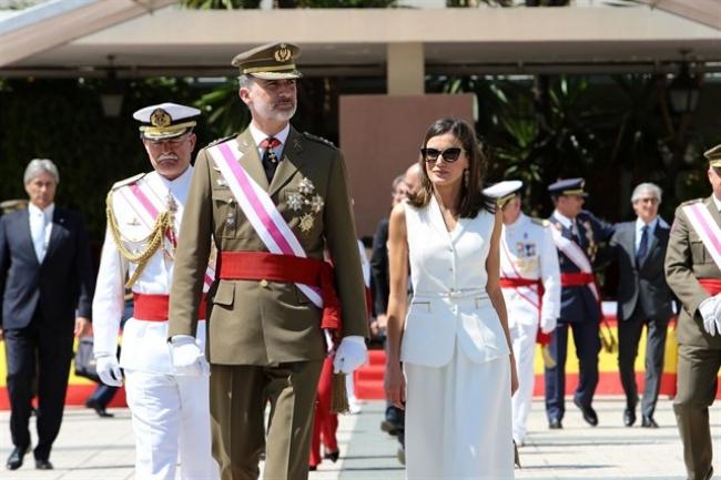 La reina Doña Letizia suspende para los Españoles