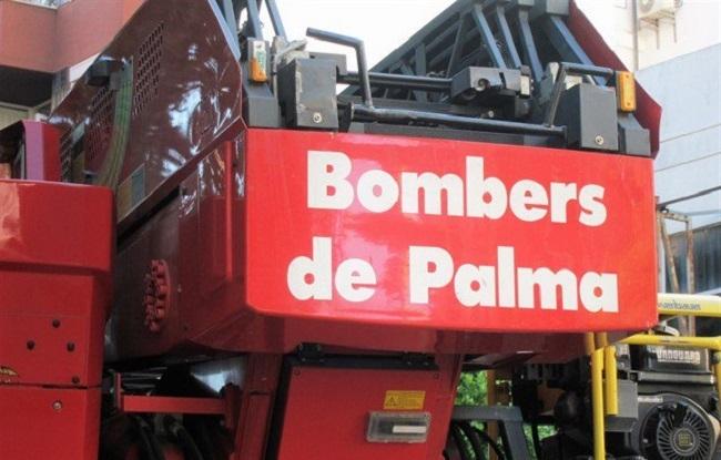 https://www.noticiasmallorca.es/imatges/fotosweb/2019/01/03/4384bomberos-palma.jpg