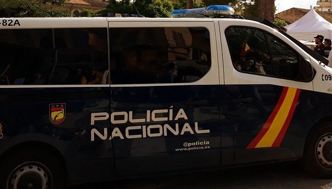 La Policía Nacional detiene a cinco personas, presuntos responsables de hasta cinco robos con fuerza en el interior de domicilios en Ciutadela