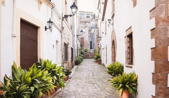 L'Ajuntament de Lloret reforma i adequa els principals carrers del municipi amb les inversions del Consell