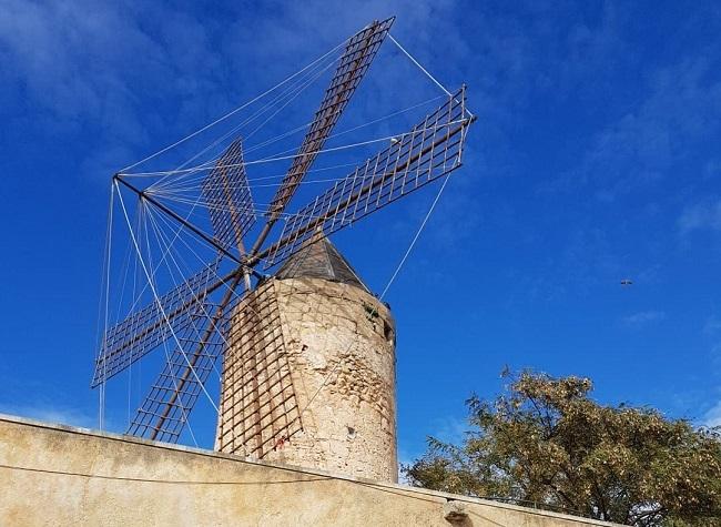 Un curso y fichas educativas para recuperar la historia de los molinos