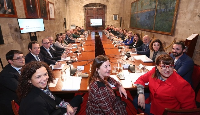 El Govern de les Illes Balears explica a la sociedad civil las conclusiones de la negociación del nuevo REIB
