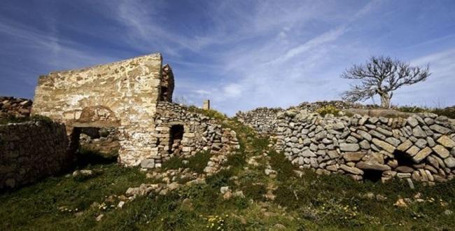 Finalización de la restauración de una parte de las murallas del castillo islámico de Santa Águeda