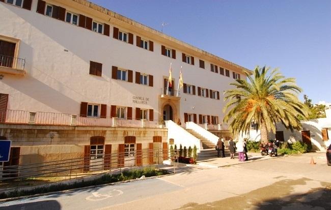 El IMAS ofrece una solución habitacional a las personas sin hogar del llamado parque Pocoyó de Palma