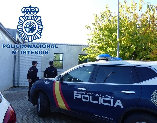 La Policía Nacional detiene a un hombre tras un atraco a punta de pistola