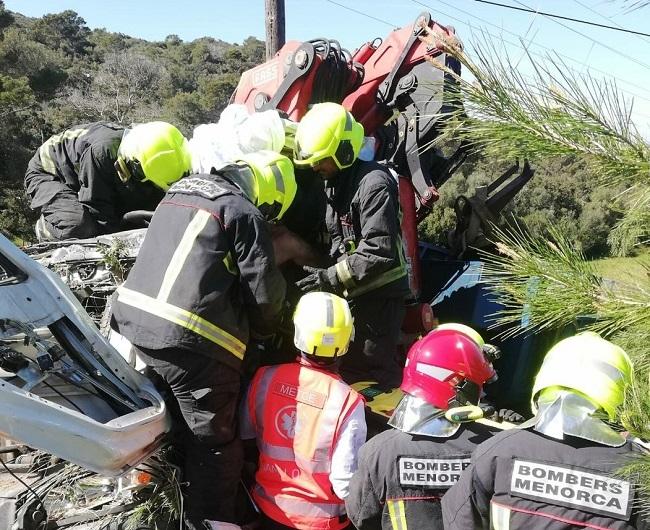 Accidente de camión con un único afectado y herido en Menorca