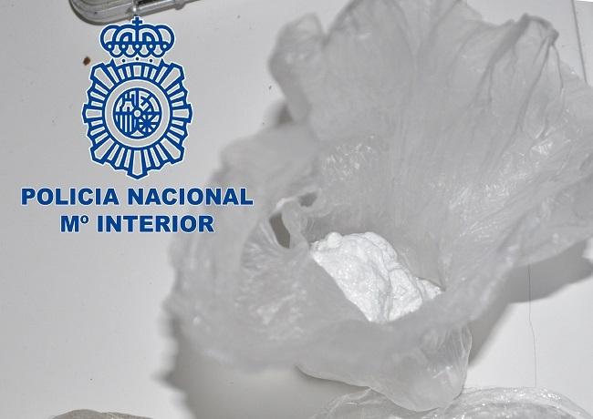 La Policía Nacional detiene a un hombre como presunto autor de un delito contra la salud pública