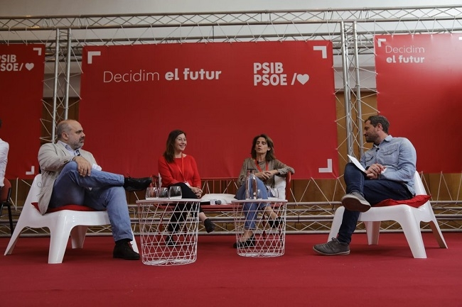 La ministra Teresa Ribera expresa su satisfacción por las políticas sostenibles de las islas Baleares