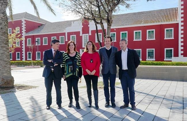 El Govern firma la compra de los Quarters des Castell para destinarlos a usos públicos