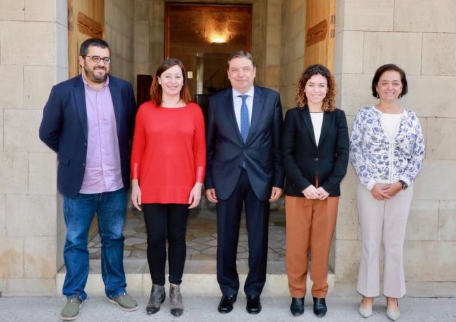 El Ministerio de Agricultura se compromete a impulsar soluciones para defender los intereses del sector agrario de las Illes Balears