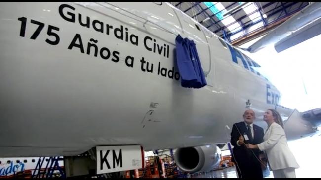 """Air Europa rotula un  avión con el nombre de """"Guardia Civil"""" con motivo del 175 Aniversario de su fundación"""