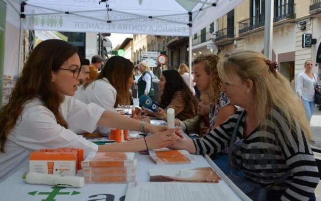 AECC empieza la campaña de prevención de cáncer de piel