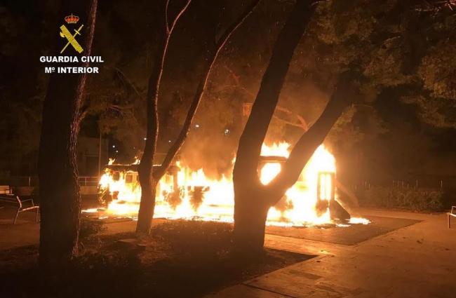 La Guardia Civil detiene al autor del incendio de un parque infantil en Inca