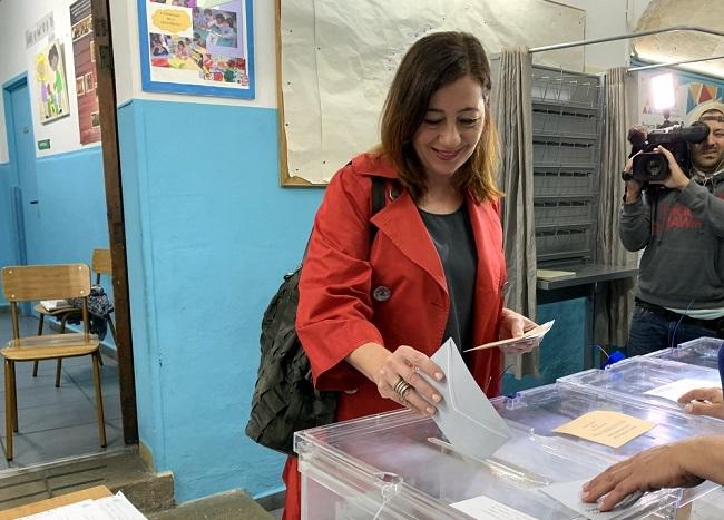 Francina Armengol pide a todos que participen 'con ilusión, con fuerza y con ganas de esta jornada electoral'