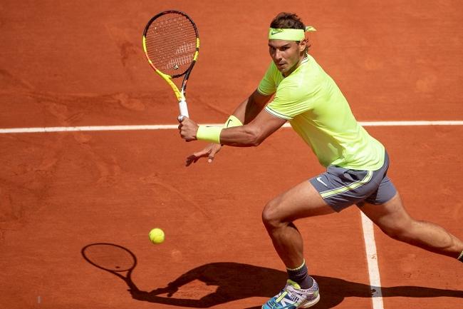 Nadal se clasifica para la tercera ronda en Roland Garros