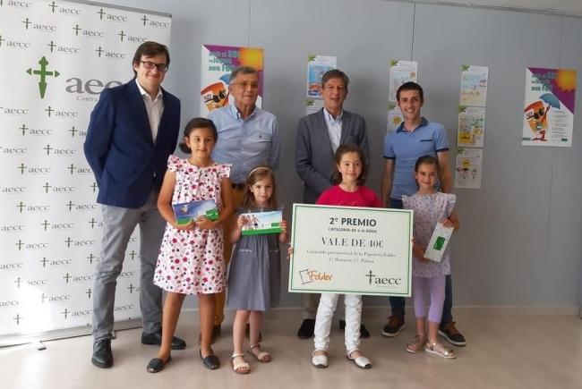 La AECC Baleares y el COFIB entregan los premios a los ganadores del concurso de dibujo 'Fotoprotección solar'
