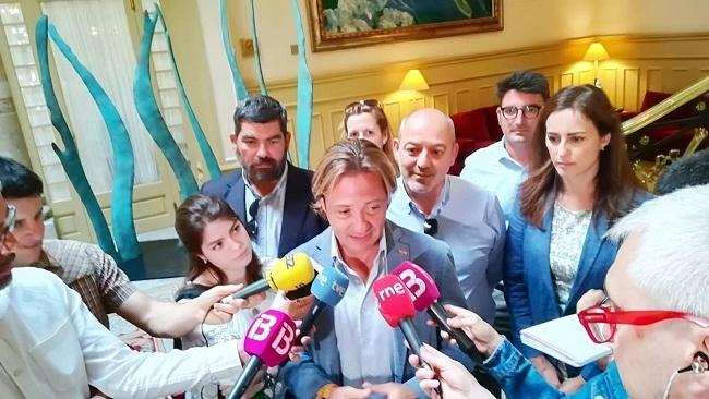 Vox critica a Ciudadanos por negarse a negociar y pactar con partidos catalanistas