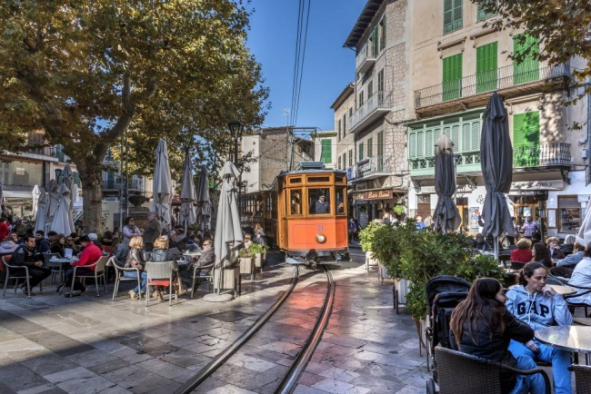 Destinan 106.000 euros a la recuperación de áreas urbanas de Sóller y Santa Maria del camí