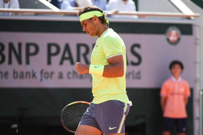 Nadal gana de momento un set a cero a Federer