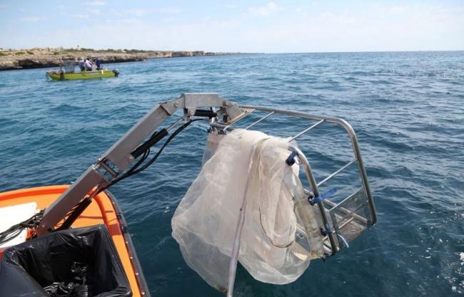 El servicio de limpieza del litoral recoge cerca de 15 toneladas de residuos el mes de julio