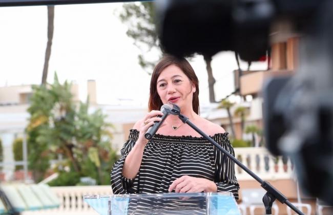 La presidenta en funciones Francina Armengol ha asistido al 25 aniversari d'Hosteltur