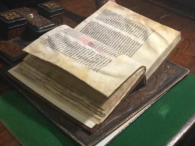 El Consell salva l'emblemàtica biblioteca del Monestir de la Real que reobrirà al públic