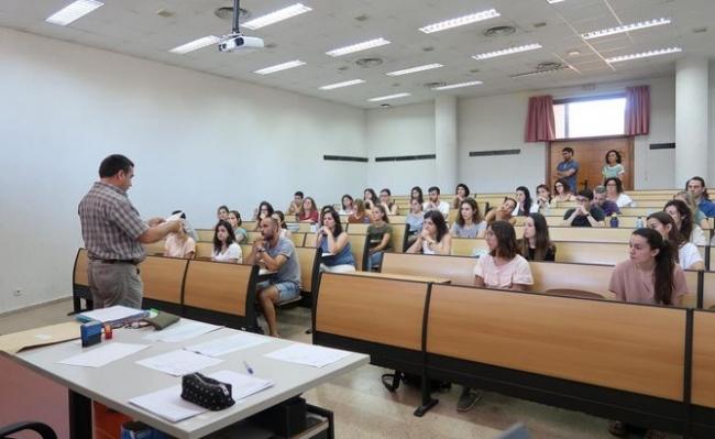 Más de 4.000 docentes de Baleares se examinan hoy de la primera prueba de las oposiciones